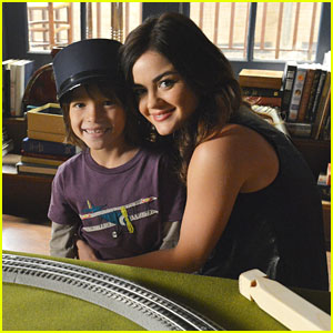 Aria Meets Ezra's Son on 'Pretty Little Liars'!