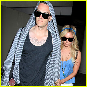 Ashley Tisdale &#038; Christopher French: Back From Vacay!