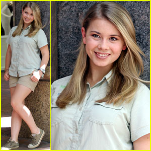 Bindi Irwin: Day Out with Mom Terri!