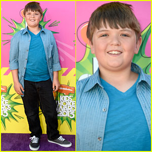 Cole Jensen - Kids' Choice Awards 2013 Red Carpet