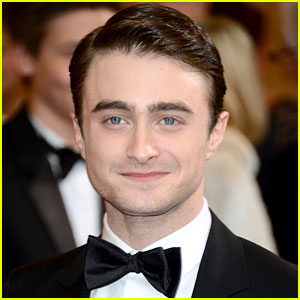 Daniel Radcliffe Talks Stage Return in 'The Cripple of Inishmaan'