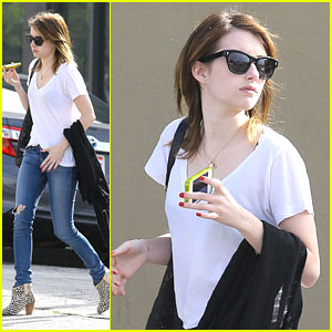 Emma Roberts: No More Gel Nails