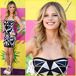 Halston Sage - Kids Choice Awards 2013 Red Carpet