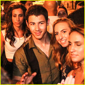 Nick, Joe & Kevin Jonas Meet Fans After Rio Concert