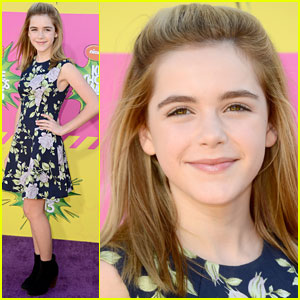 Kiernan Shipka - Kids' Choice Awards 2013 Red Carpet