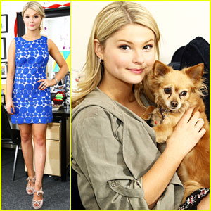 Stefanie Scott: A.N.T. Farm Dressing Room Photos!