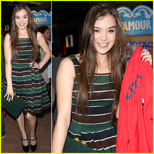 Hailee Steinfeld: City Year Spring Break Event