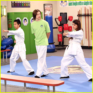 Leo Howard: Dojo Teacher on 'Kickin' It'