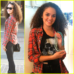 Madison Pettis: 31 Bits Shopper