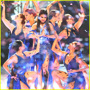 Selena Gomez: 'Come & Get It' at Radio Disney Music Awards 2013 -- WATCH NOW!