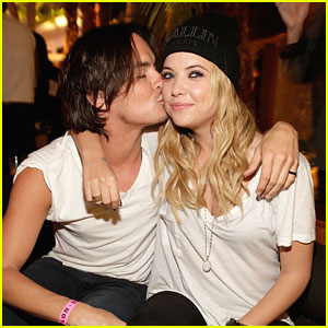 Ashley Benson Amp Tyler Blackburn Inside The Nylon Young