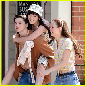 Isabelle Fuhrman & Joel Courtney: 'Dear Eleanor' Piggy Back Ride
