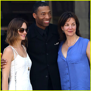 Leighton Meester Spends Mother's Day with 'Gossip Girl' Mom!