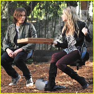 Ashley Benson & Tyler Blackburn: Hanna & Caleb Get a 'Casablanca' Goodbye