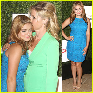 Ariel Winter: Inspiration Awards 2013 with Julie Bowen