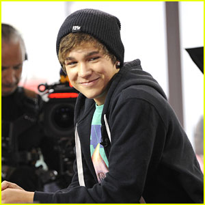 Austin Mahone: 'So Much Energy' on Tour