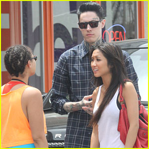 Brenda Song and Trace Cyrus head to their car after having lunch ... Peter Riegert Dads