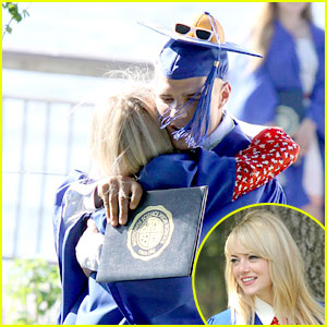 Emma Stone: Graduation Hugs for Chris Zylka