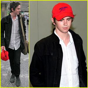 Freddie Highmore Visits South America!