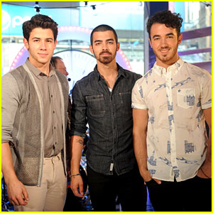 Jonas Brothers: O Music Awards 2013 Performers!