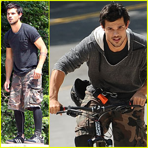 Taylor Lautner: 'Tracers' Bike Ride in NYC