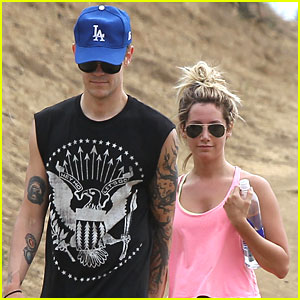 Ashley Tisdale & Christopher French: Runyon Canyon Couple