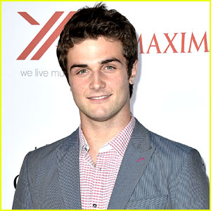 Beau Mirchoff Joins the Cast of 'Grass Stains'