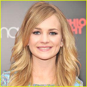 Britt Robertson Joins 'Tomorrowland'