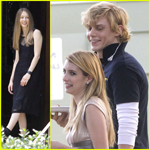 Emma Roberts & Taissa Farmiga: 'American Horror Story: Coven' Lunch Break with Evan Peters