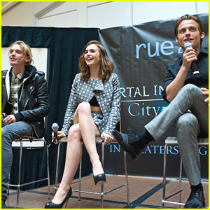 Lily Collins: 'City of Bones' Chicago Stop