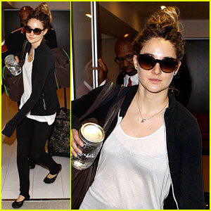 Shailene Woodley 'Definitely' Read 'Divergent'