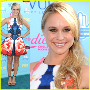 Becca Tobin - Teen Choice Awards 2013