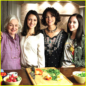 Italia Ricci & Haley Ramm: 'Chasing Life' Production Starts!