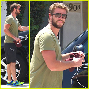 Liam Hemsworth: 'Paranoia' Worst Debut of 2013