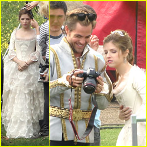 Anna Kendrick as Cinderella in 'Into The Woods' - First Pics!