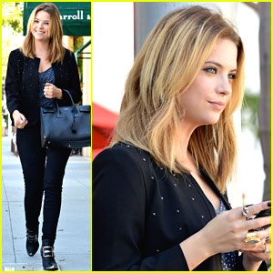 Ashley Benson: E. Baldi Lunch Date