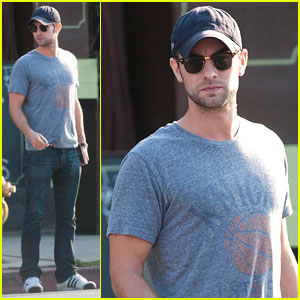 Chace Crawford Exits Goal Sports Cafe