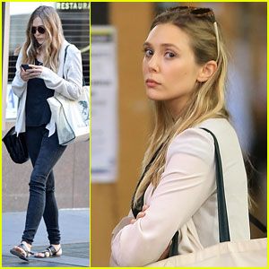Elizabeth Olsen Rides the NYC Subway!