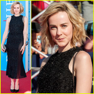 Jena Malone: 'The Wait' French Photo Call