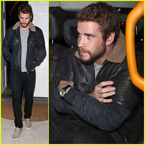 Liam Hemsworth: Night Out with Brother Chris!