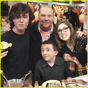 Eden Sher & Charlie McDermott Celebrate 100 Episodes of 'The Middle'