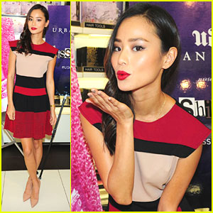 Jamie Chung: Urban Decay's Kissibition in NYC!