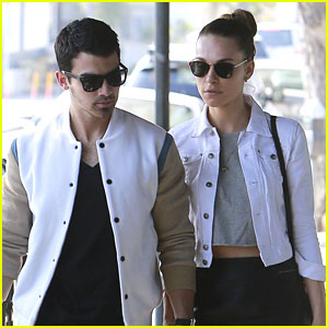 Joe Jonas & Blanda Eggenschwiler: Late Friday Lunch