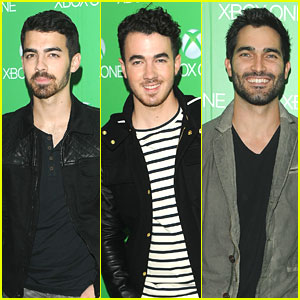 Joe & Kevin Jonas: Xbox One Launch