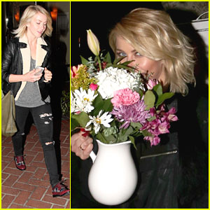 Julianne Hough: Flowers After Dinner with Friends