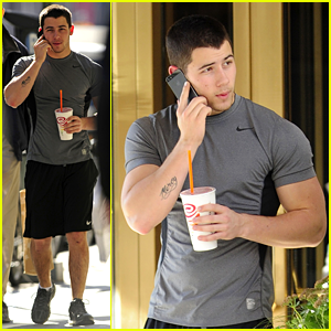 Nick Jonas Shows Off Buff Arms in NYC