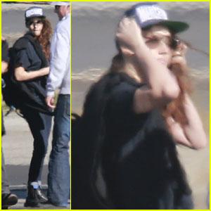 Kristen Stewart: Private Plane Ride!