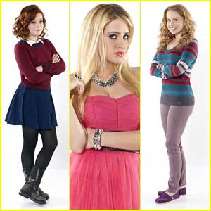 Jane Levy & Carly Chaikin: 'Suburgatory' Promo Pics!