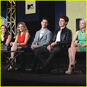 Gregg Sulkin & Bailey Buntain: 'Faking It' at TCA Winter Tour 2014