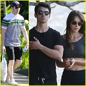Joe Jonas & Blanda Eggenschwiler: Romantic Beach Stroll in Hawaii